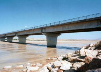 La-route-entre-El-Alaa-et-Hajeb-Laâyoun-bloquée